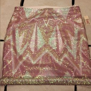 💥HOST PICK💥 NWT, Sequin, Skirt by Decree!